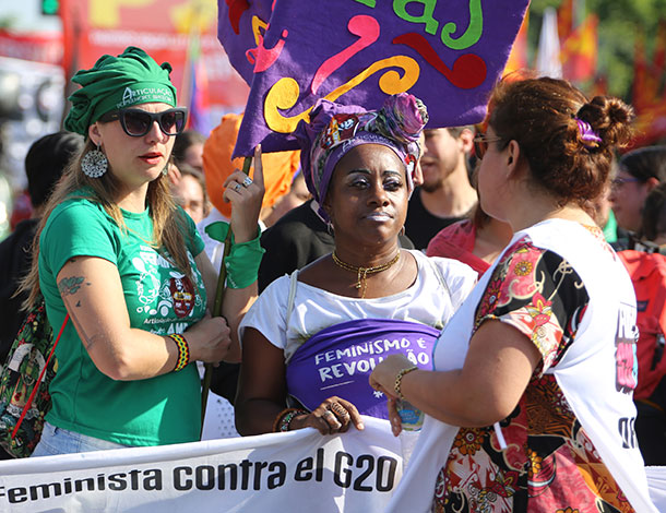 5 Moments of Resistance - Feminista Contra el G20 (610x470)