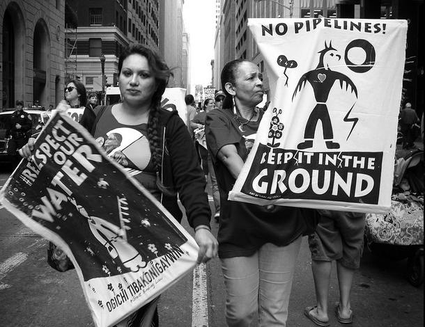 No Dakota Access Pipeline - Solidarity from San Francisco (Peg Hunter, Flickr) 610x470