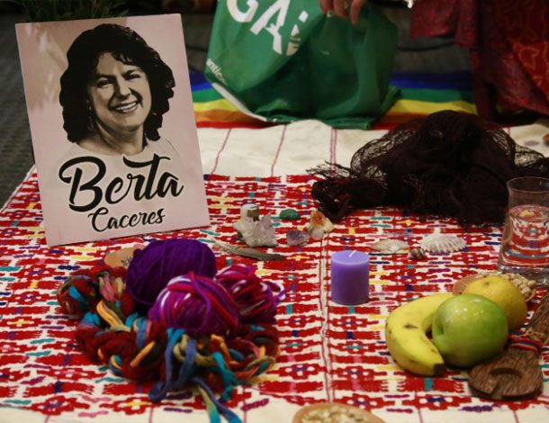 FF anti-G20 - Tribute to Hondurian feminist leader Berta Carceres (610x470)