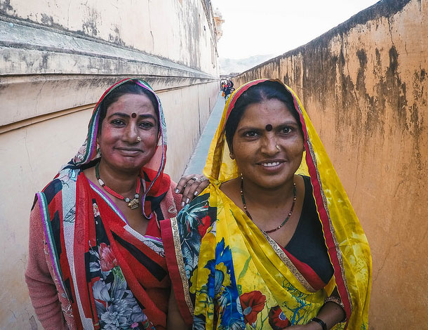 Indian Women (Flickr) 610x470