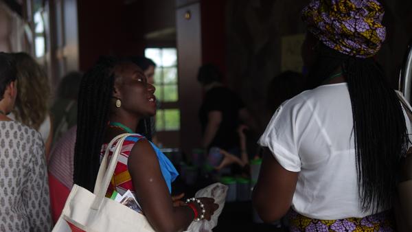 Jeunes Feministes Africaines (600x338)