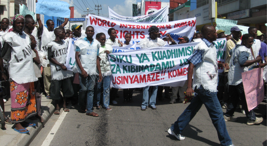 Land right protest in Kenya - 855x470