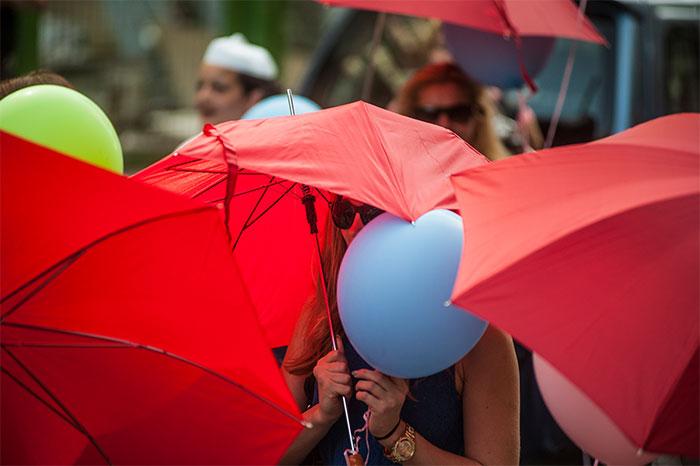 AWID Member SZEXE (Red Umbrellas) 700x466